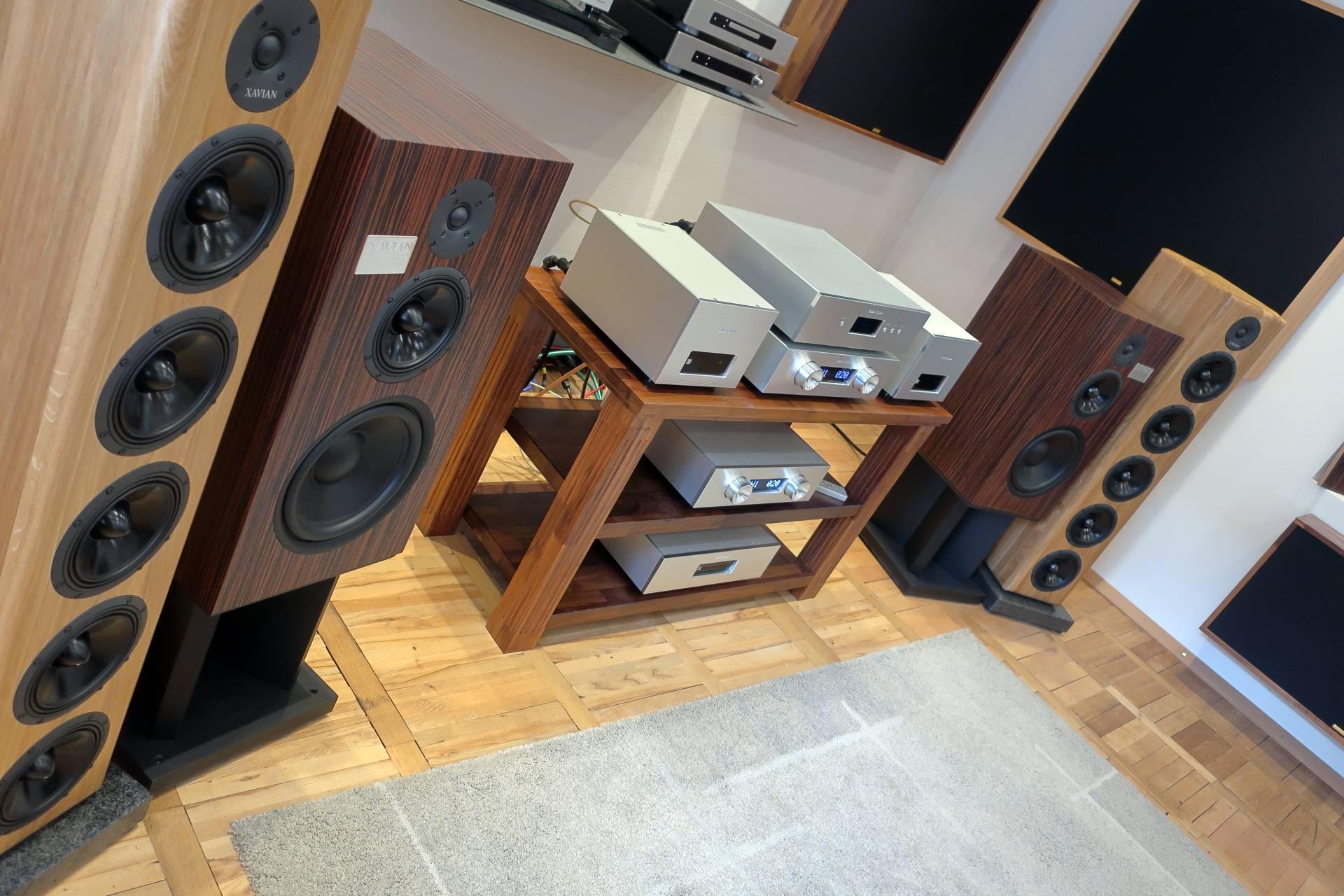 kinki-studio-xavian-4